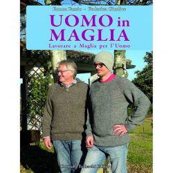 Uomo in maglia di Emma Fassio e Federica Giudice